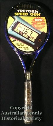 copy of racquets_full_os_tretornsgun.jpg