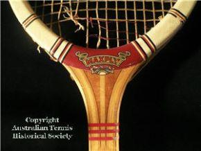 racquets_dunlopmaxplyred.jpg
