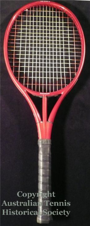 racquets_full_os_snauweartellipse.jpg